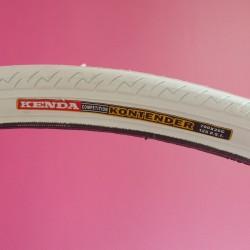 White tire Kenda 700x26C