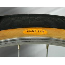 Pneu Grand Bois Noir 650x42B